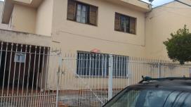 Sobrado / Casa para Venda, Centro