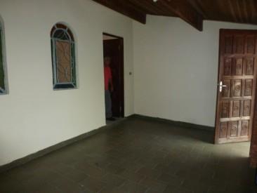 Casa Térrea para Alugar, Jardim Camila