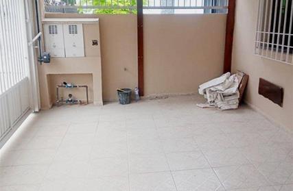 Condomínio Fechado para Alugar, Bangú
