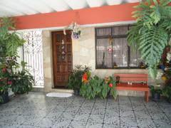 Sobrado / Casa para Venda, Oswaldo Cruz