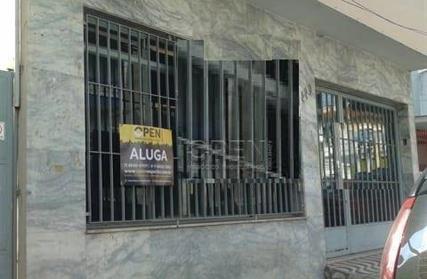 Sobrado / Casa para Alugar, Centro