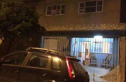 Sobrado / Casa para Alugar, Parque Santo Antônio