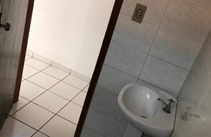 Sobrado / Casa para Alugar, Aviação
