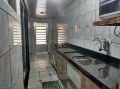 Sobrado / Casa - Itaquera- 299.000,00