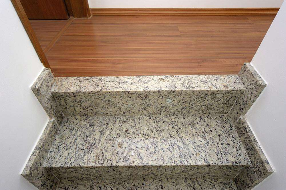 | Escada