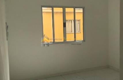 Condomínio Fechado para Alugar, Jardim Ângela (ZL)