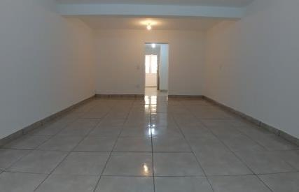 Casa Térrea para Alugar, Jardim Martins Silva