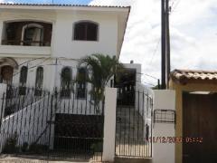 Sobrado / Casa para Venda, Horto Florestal