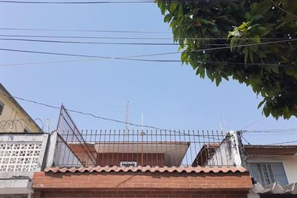 Sobrado para Alugar, Vila Espanhola