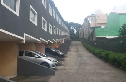 Condomínio Fechado para Alugar, Taipas