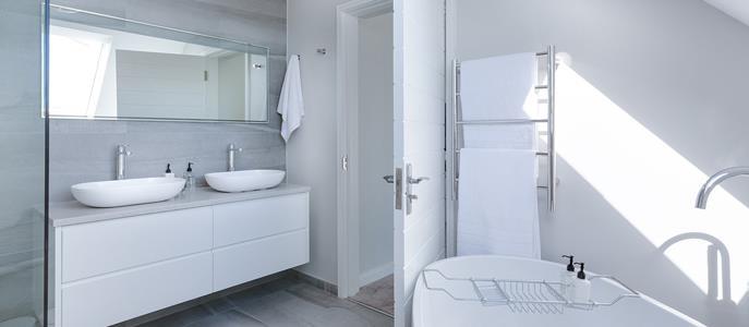 Imagem Truques infalíveis para decorar banheiros pequenos