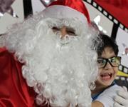 Imagem ZN Imóvel leva a magia do natal para crianças carentes